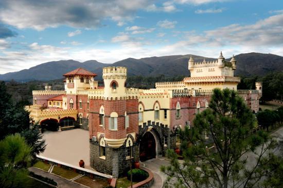 el-castillo-hotel-fabrega