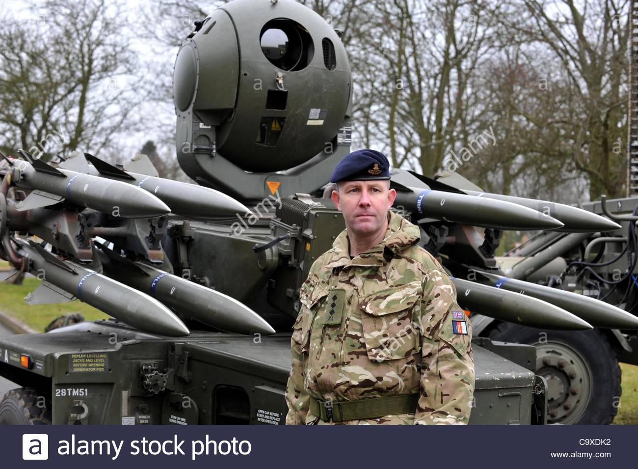 sistema-de-misiles-rapier-british-sistema-de-misiles-tierra-aire-reino-unido-c9xdk2