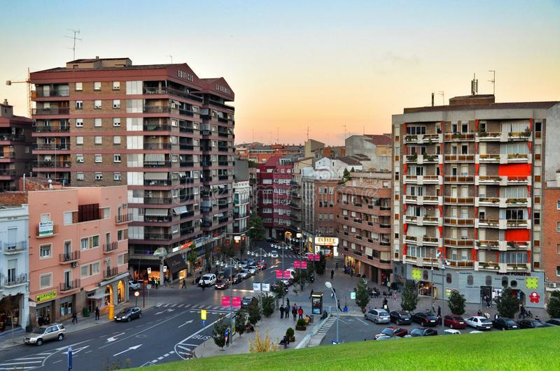 vistas-de-la-ciudad-de-lérida-en-cataluña-españa-55337686